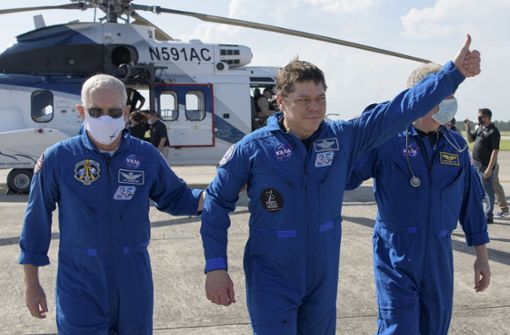 """Thank you for flying with SpaceX"""