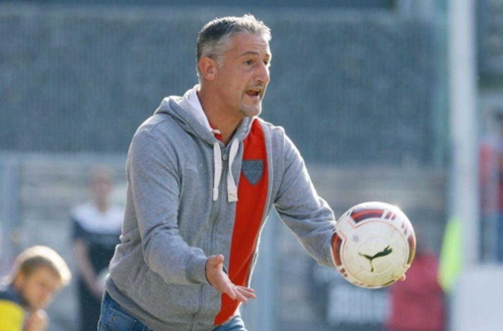 Jürgen Kramny möchte mit dem VfB Stuttgart II zurück in die Erfolgsspur. Foto: Pressefoto Baumann