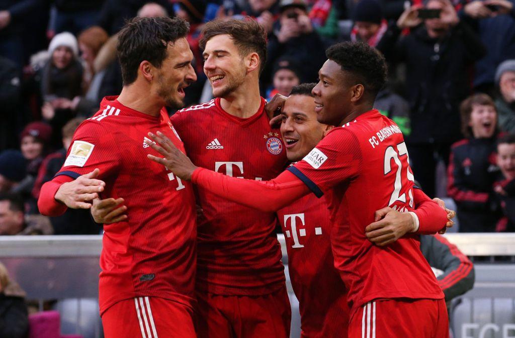 In diesem Jahr werden die Münchner mit einem neuen Trikot in die Saison starten: Das Waben-Muster der Allianz Arena ist darauf zu sehen. Foto: Pressefoto Baumann