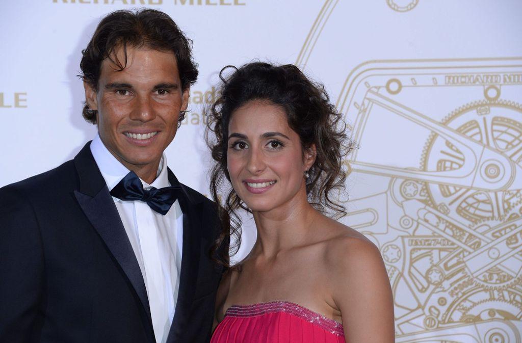 Rafael Nadal und seine Freundin Xisca Perello bei einer  Gala: Das Paar heiratete am Samstag auf Mallorca. Foto: dpa/Aurelien Meunier