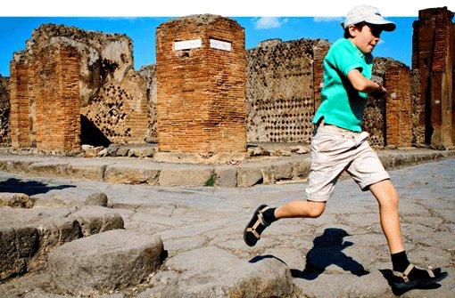 Lernen in Ruinen von Pompeji