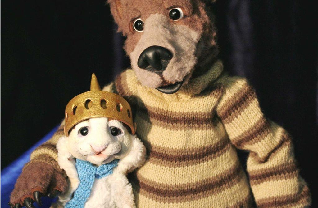 Der kleine Hase und der Holunderbär kommen nach Korb. Foto: Fex Figurentheater