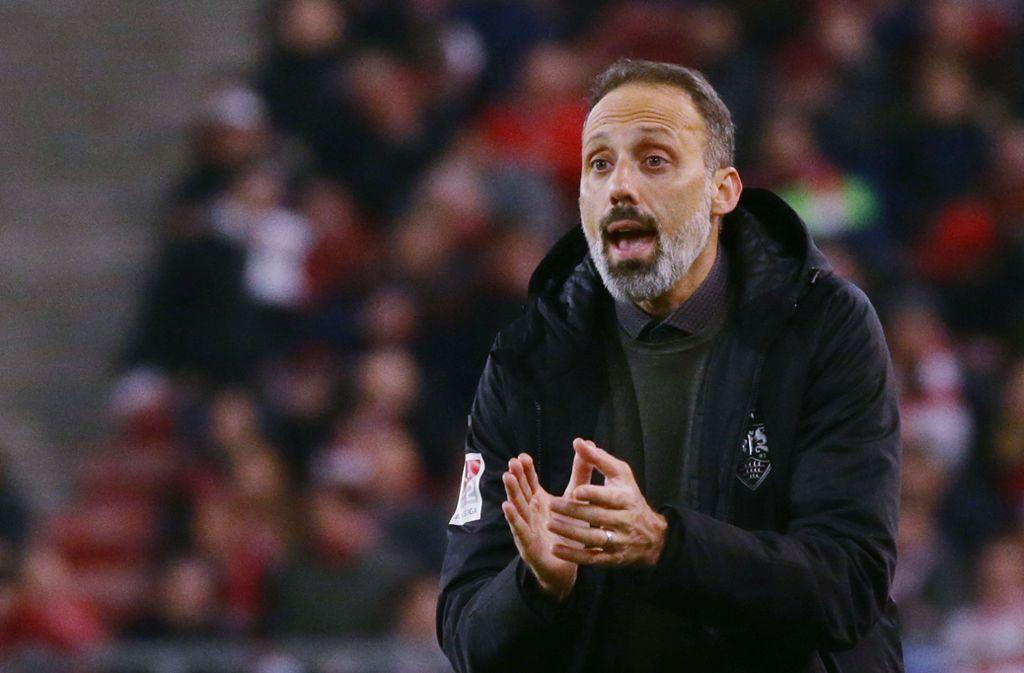 Pellegrino Matarazzo vom VfB Stuttgart: Wann darf er wieder richtig coachen? Foto: Baumann