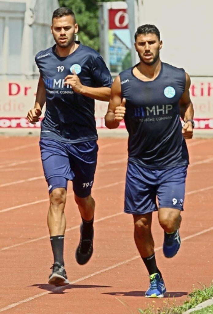 Wieder im Training: die Stürmer  Daniel Engelbrecht (links) und Elia Soriano Foto: Rudel