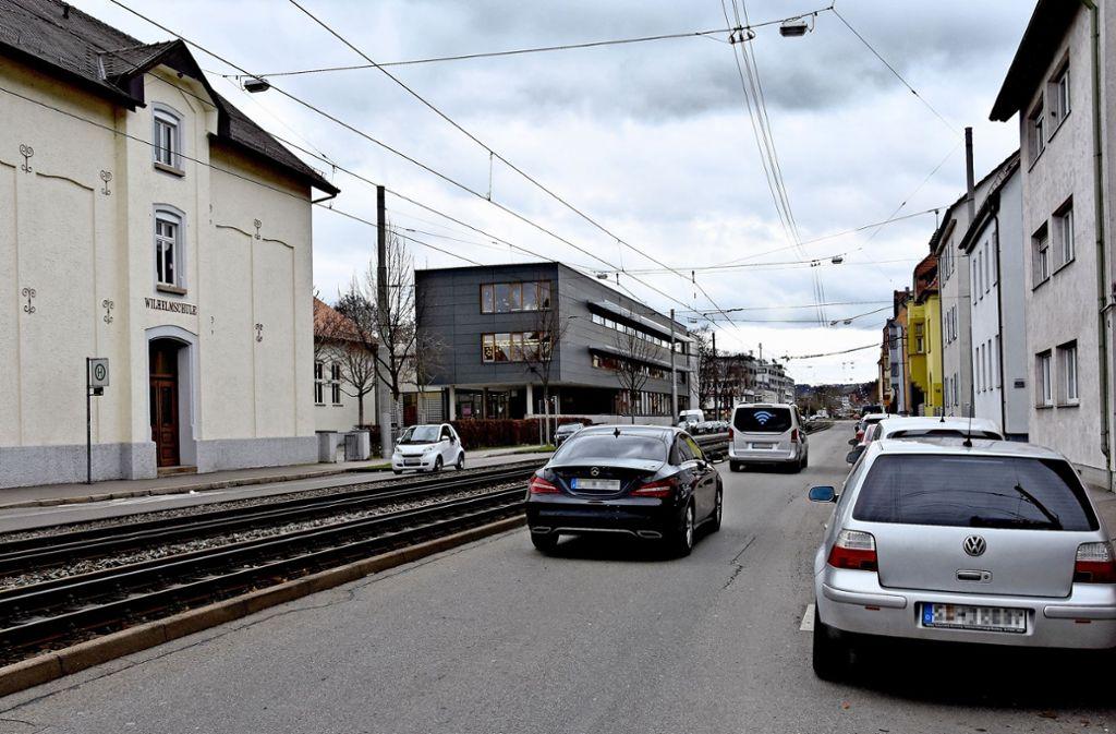 Schulweg kreuzt: Auch in der Hedelfinger Straße soll Tempo 30 gelten Foto: Mathias Kuhn
