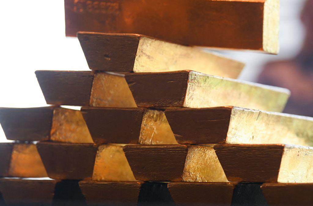 Gold und Silber im Wert von mehr als 700000 Euro lagen im Keller der Villa. Foto: dpa  (Symbolbild)