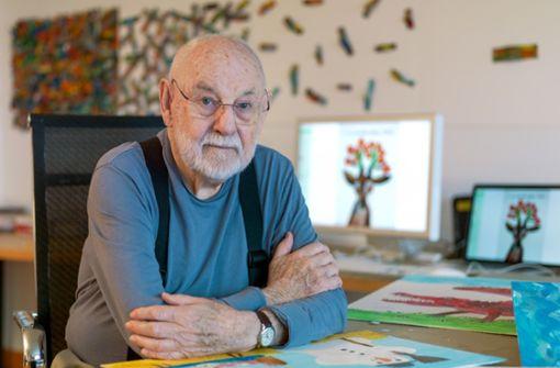 Erfinder der Raupe Nimmersatt ist 90