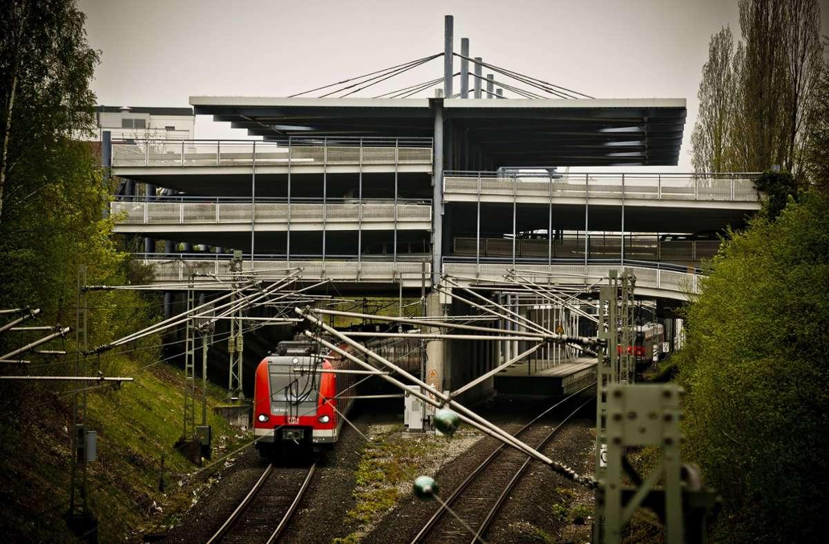 Fahren auf diesen Gleisen durch Leinfelden-Echterdingen auch künftig nur S-Bahnen? Foto: Lichtgut//Leif Piechowski