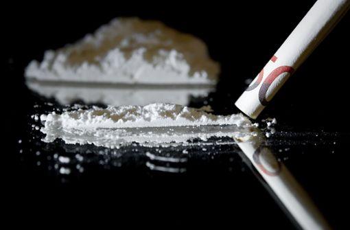Spezialkräfte stellen acht Kilo Kokain bei Verdächtigem sicher