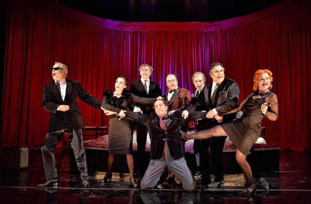 Eine Revue der Abgründe: das Ensemble in Esslingen Foto: Patrick Pfeiffer/WLB Esslingen