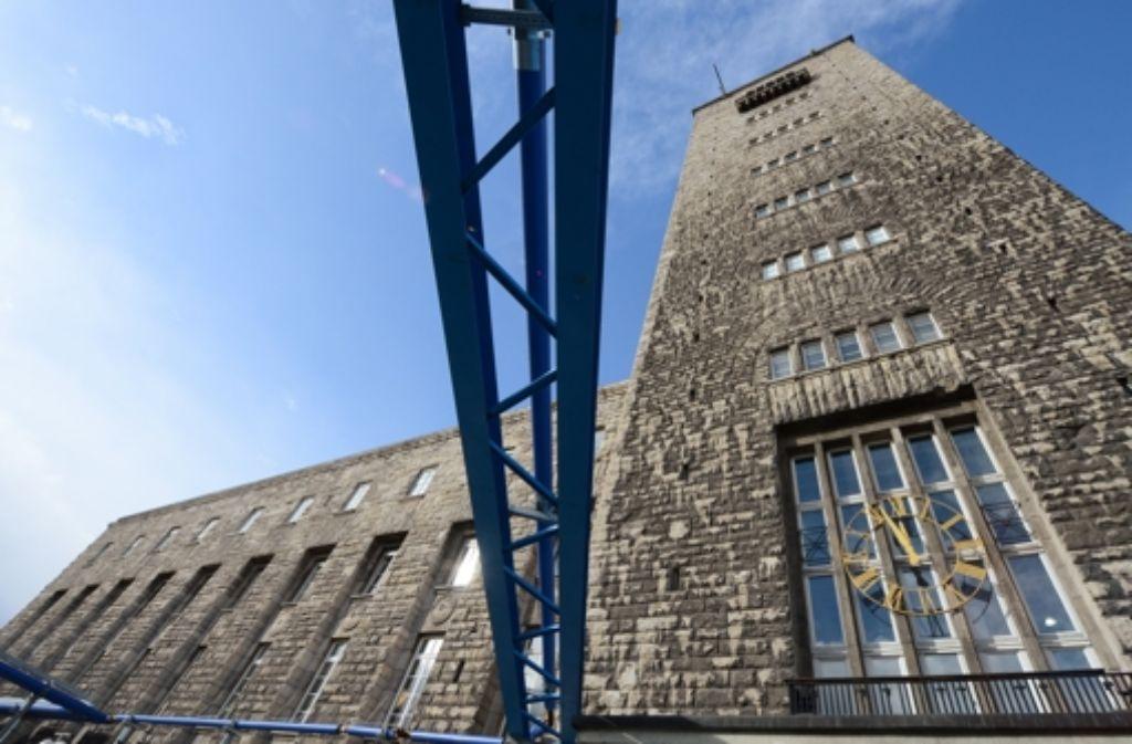 Wer zahlt? Das ist derzeit die entscheidende Frage bei Stuttgart 21. Wir dokumentieren die Entwicklung der Kosten des Großprojekts in einer Bilderstrecke. Foto: dpa