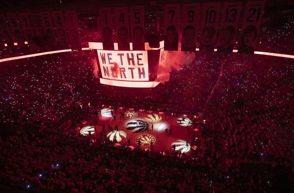"""""""We the north"""" – wir der Norden. In Toronto und ganz Kanada ist eine noch nie dagewesene Basketball-Euphorie ausgebrochen. Foto: AP"""