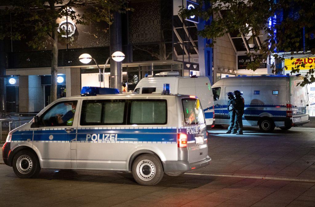 Auch am Sonntag war die Polizei in Stuttgart mit den Protesten gegen die   türkische Militäroffensive beschäftigt (Archivbild). Foto: dpa/Sebastian Gollnow