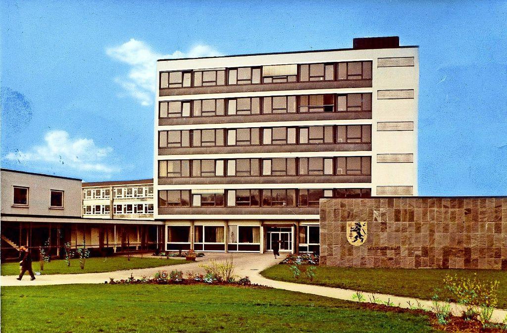 """Postkartenansicht des """"alten"""" Neuen Rathauses aus den 80er Jahren.  Foto: Archiv"""
