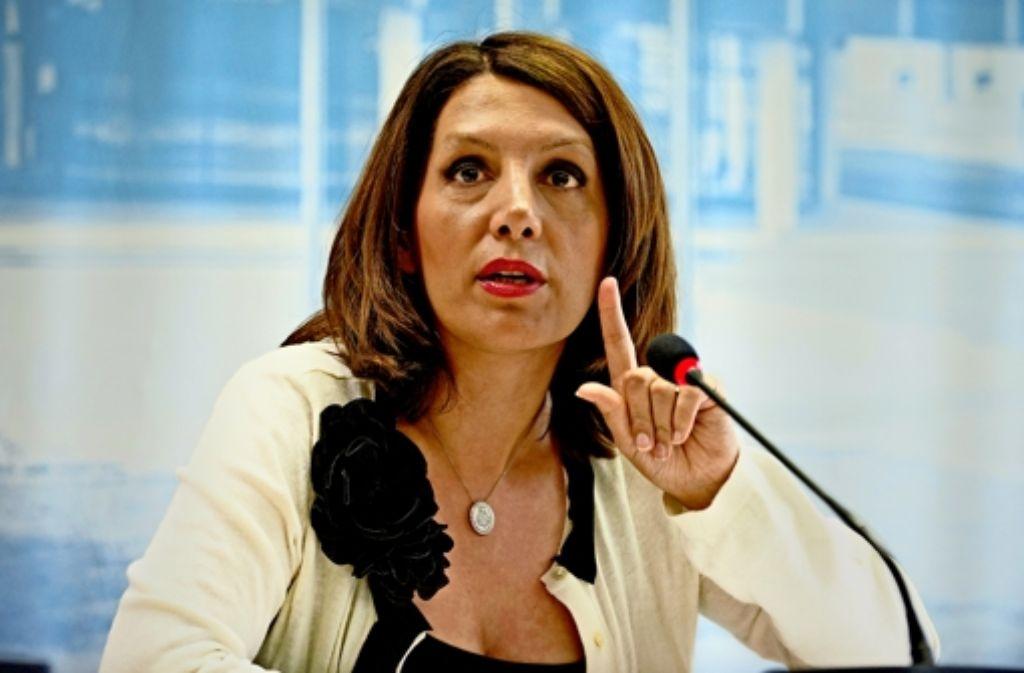 Integrationsministerin Bilkay Öney  billigt die Änderung des Asylrechts. Foto: dpa