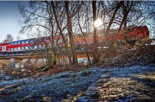 Massive Klagen über Remsbahnzüge