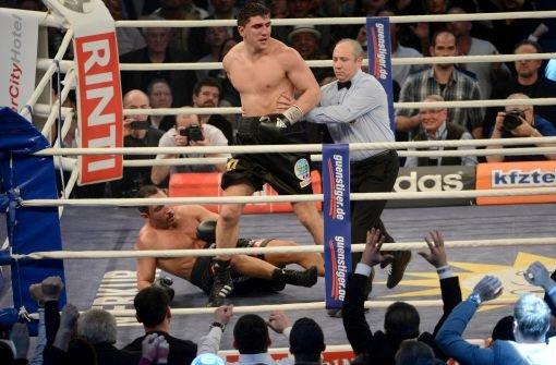 Huck besiegt Arslan und bleibt Weltmeister