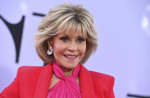 Jane Fonda will Einnahmen aus Jogginganzug-Verkauf spenden