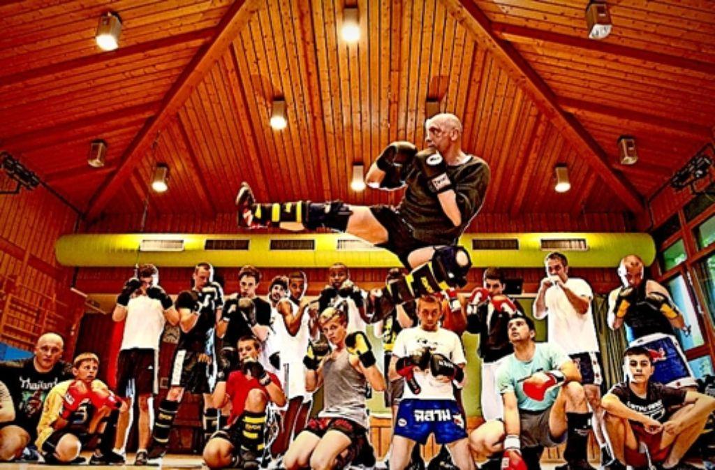 Ein Leben ohne Sport ist für den 52-jährigen Uwe Hück undenkbar. Deshalb trainiert er mehrmals in der Woche mit seinen Schützlingen. In der folgenden Bilderstrecke dokumentieren wir die vielfältigen Aktitvitäten des Uwe Hück. Foto: