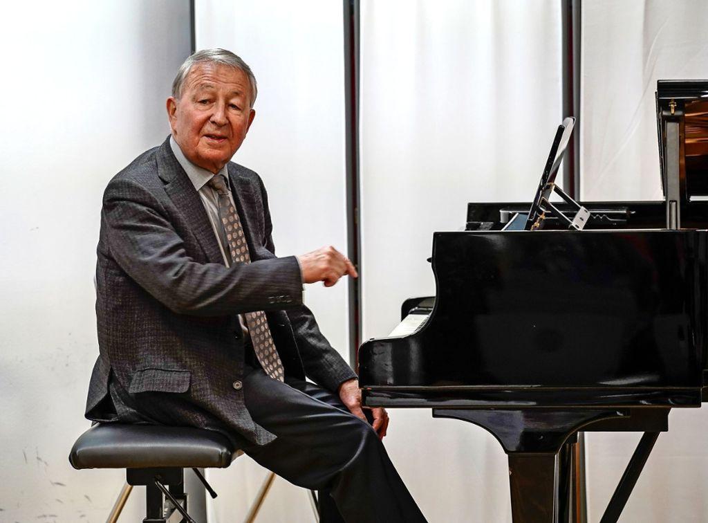 Herbert Baur hat  in der Jugendmusikschule  gespielt – und hat die Einrichtung mit einer Spende bedacht. Foto: