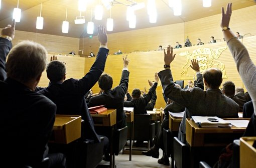 Alte Plenarsitze werden für guten Zweck verkauft