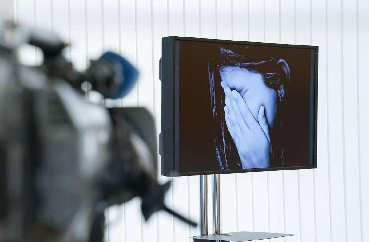 In NRW stellten Ermittler Beweise im Zusammenhang mit Kinderpornografie sicher. Foto: imago images/onemorepicture//Alexandra Michel