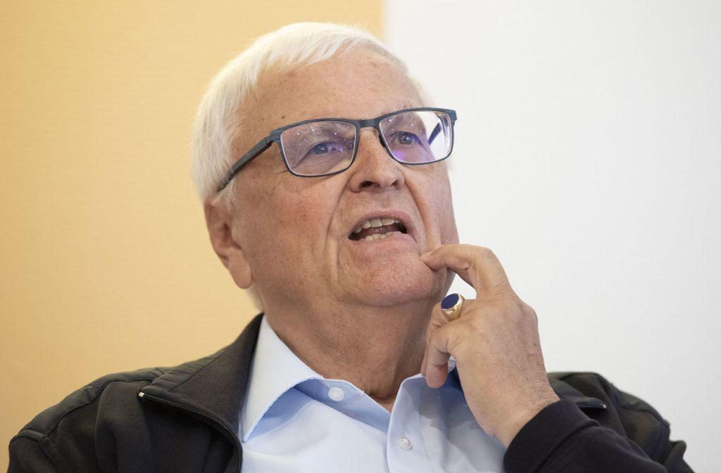 Der Prozess um Ex-DFB-Präsident Theo Zwanziger und Kollegen kann nicht rechtzeitig über die Bühne gehen. Foto: dpa/Boris Roessler