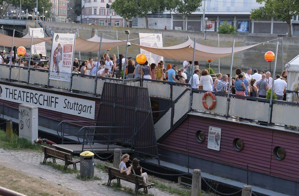 Party auf dem Stuttgarter Theaterschiff: Der Erlös geht an das Stuttgarter Kinderhospiz. Foto: Lichtgut