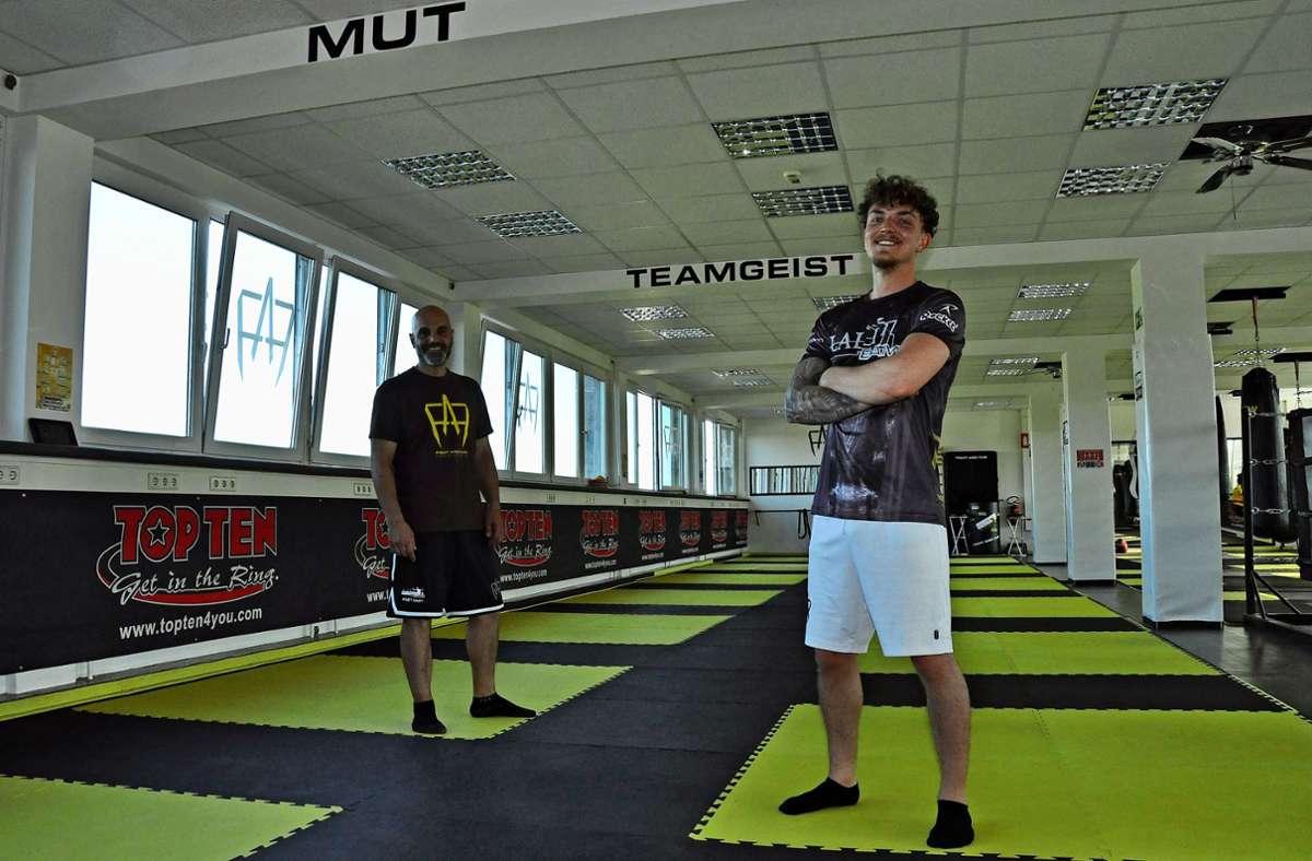 Daniel Mogus (rechts) und sein Trainer. Foto: Peter Meuer