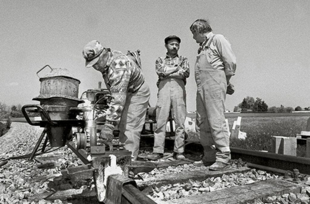 Um 1850 werden Schienen fleißig Schienen verlegt. Foto: factum - Honzera