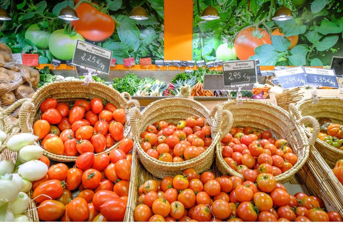 Tomatenmark, die Essenz aus Tomaten, ist wichtiger Bestandteil verschiedener Gerichte (Symbolbild). Foto: imago images/Tolo Balaguer/Tolo Balaguer via www.imago-imag