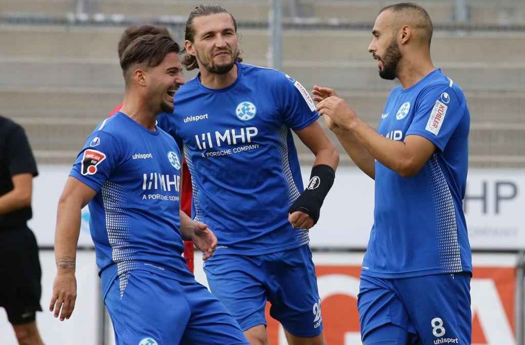 Ndriqim Halili (links) wird nicht mehr für die Stuttgarter Kickers auflaufen. Foto: Pressefoto Baumann