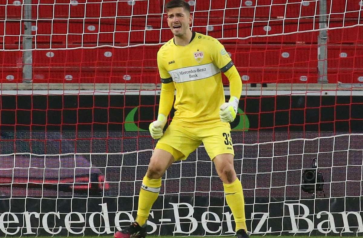VfB-Keeper Fabian Bredlow war einer der Matchwinner für den VfB Stuttgart gegen den FC Augsburg. Foto: Pressefoto Baumann