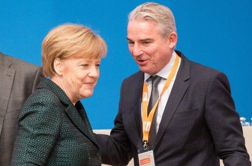 Strobl bleibt Merkels Stellvertreter