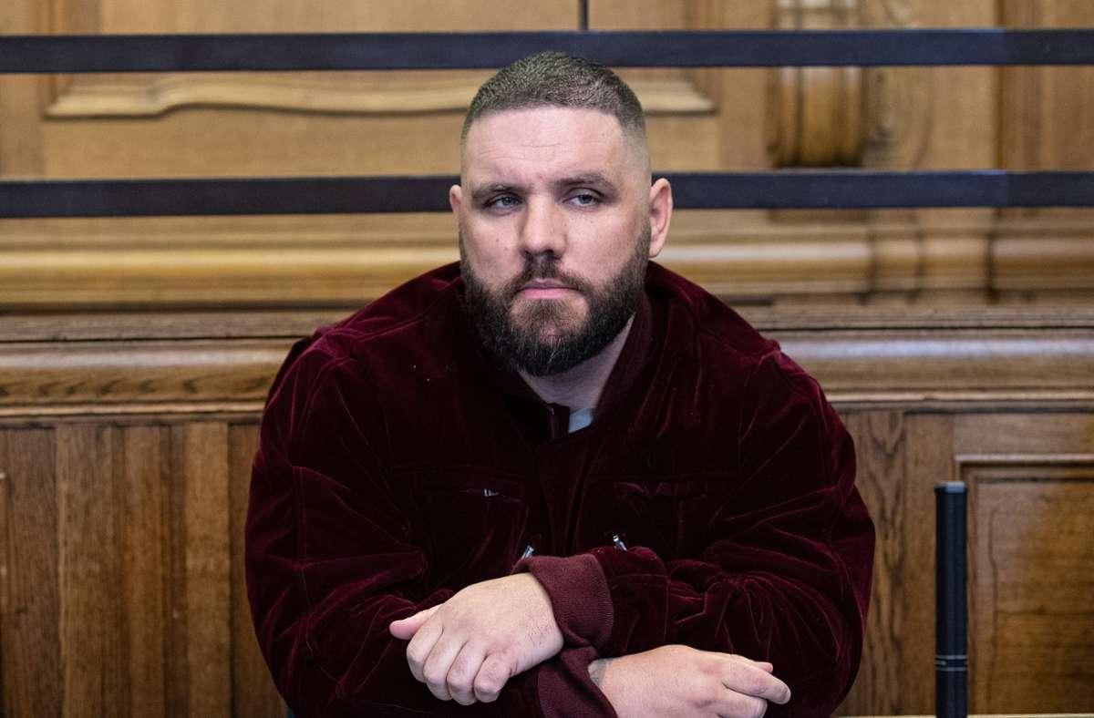Rapper Fler werden eine ganze Reihe von Straftaten zur Last gelegt. Foto: dpa/Paul Zinken