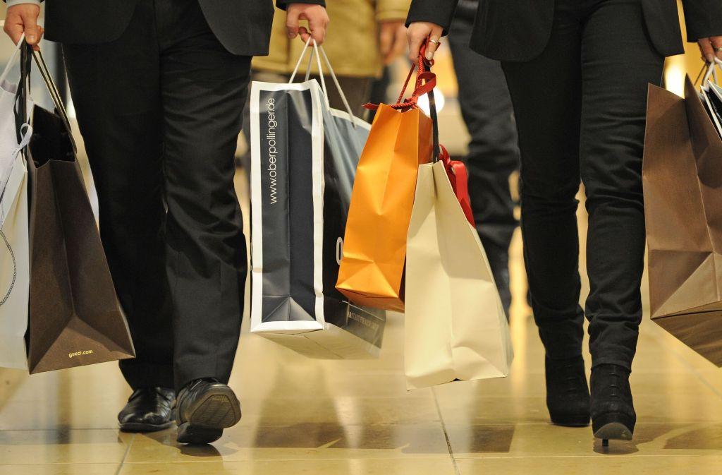 Baden-Württembergs Einzelhändler nehmen trotz der guten Konjunktur nur etwas mehr Geld ein als zuvor. Foto: dpa