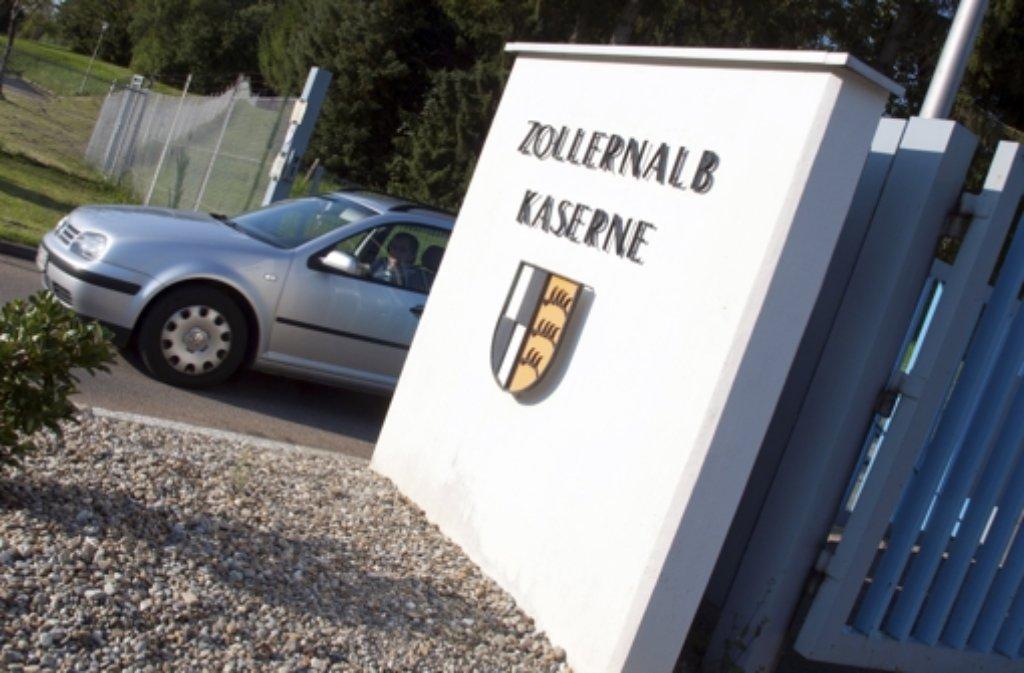Baden-Württemberg will bis zu 1000 Asylsuchende in der Zollernalb-Kaserne in Meßstetten unterbringen.  Foto: dpa