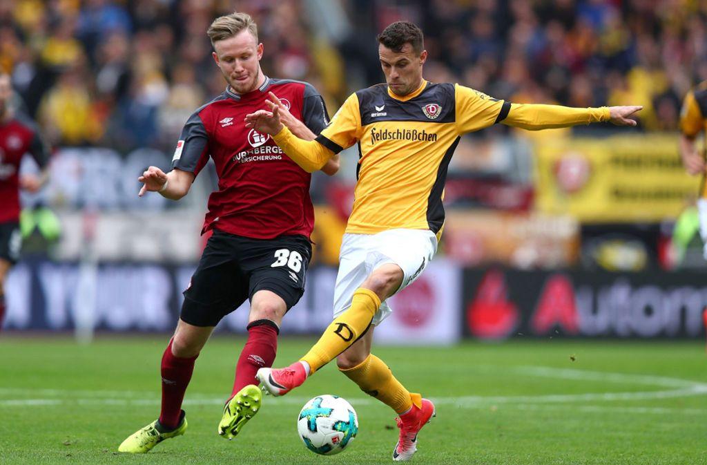 Philip Heise (rechts) spielte einst für den VfB Stuttgart und ist derzeit bei Dynamo Dresden unter Vertrag. Foto: dpa