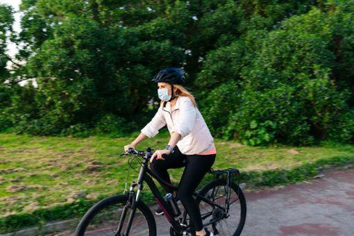 Vorschaubild für Artikel Mundschutz beim Fahrradfahren?