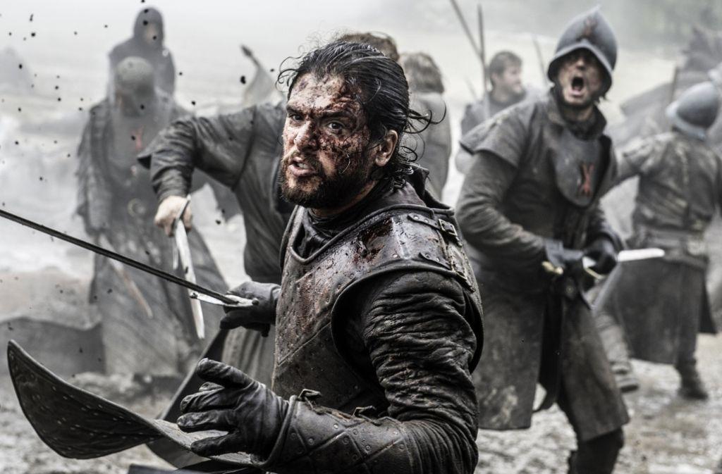 """Der Kampf geht nicht ewig: Kit Harington in einer Szene von """"Game of Thrones"""". Foto: AP/HBO"""
