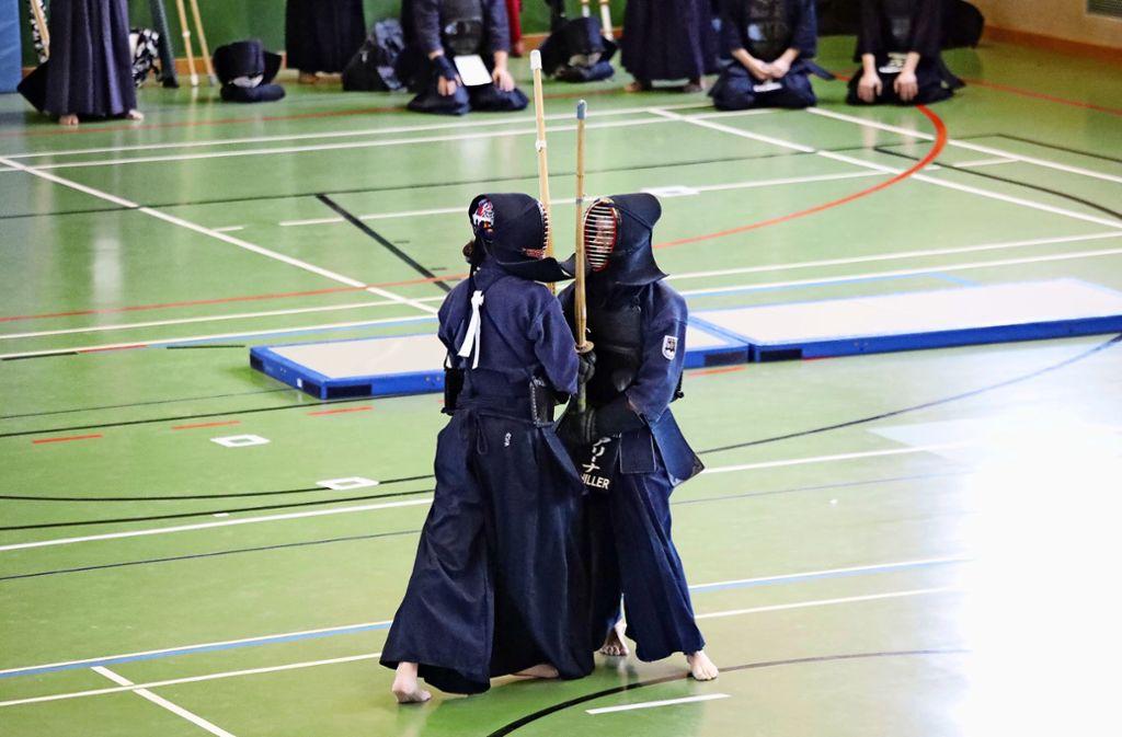 Württembergische Meisterschaften in Fellbach:  Schwertkampf mit  sportlichen Ambitionen Foto: Patricia Sigerist