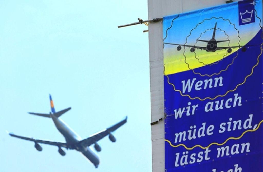 Der Lärm startender und landender Flugzeuge am Flughafen Frankfurt sorgt für Ärger. Foto: dpa
