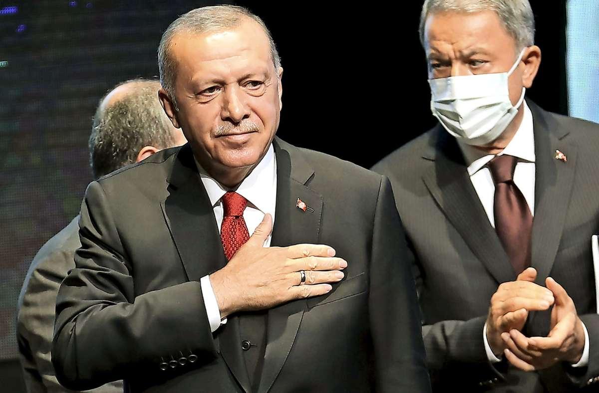 """Recep Tayyip Erdogan wirft Griechenland vor, die Türkei vor ihrer Küste """"einsperren"""" zu wollen. Foto: AFP/ADEM ALTAN"""