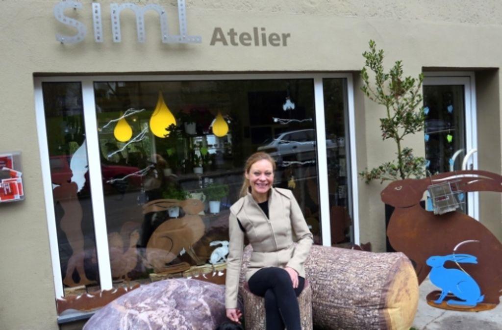 Die Designerin Simone Mertz mag die Lage ihres Ladens im Bohnenviertel, auch wenn sie sich mit den Prostituierten dort zunächst arrangieren musste Foto: Sybille Neth