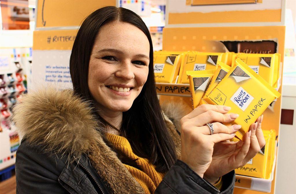 Da war sie noch da: Ritter-Mitarbeiterin Jessica Uetz  mit Prototyp. Foto: Holowiecki