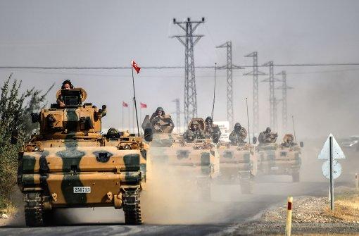 Weitere Panzer nach Syrien vorgedrungen