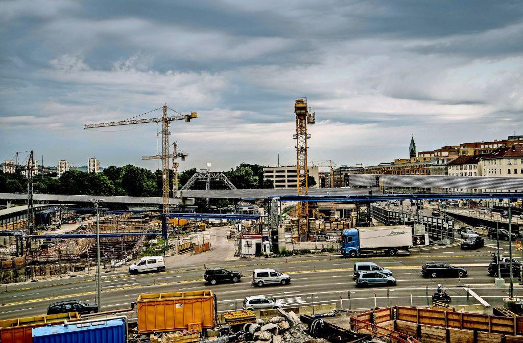 Mit einer Interimsspielstätte an der Schillerstraße wird's nichts: Niemand kann sagen, wie lange die Bauarbeiten für Stuttgart 21 exakt dauern. Foto: Lichtgut/Leif Piechowski