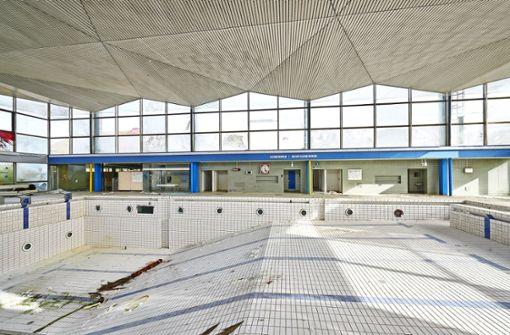 Letzter Blick in die alten Schwimmbecken