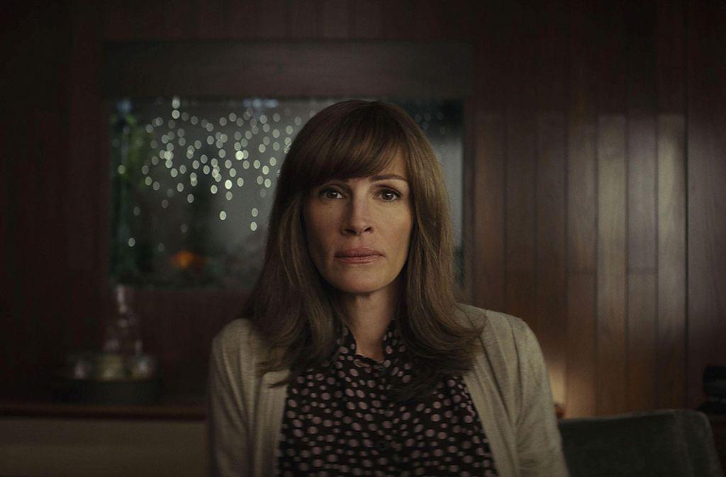 "Die TV-Serien-Debütantin: Julia Roberts in Sam Esmails Psychothriller ""Homecoming"" Foto: Amazon Prime Video"