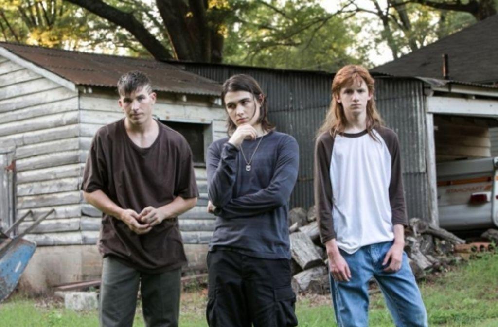 Die als West Memphis Three bekannt gewordenen Jugendlichen sind mit Kristopher Higgins, James Hamrick und Jason Baldwin sehr passend besetzt. Foto: Universum Film
